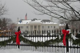 TREE LIGHTING AT GOVERNORS MANSION