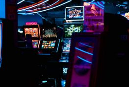 ONEIDA NATION BETS ON CASINO'S REOPENING