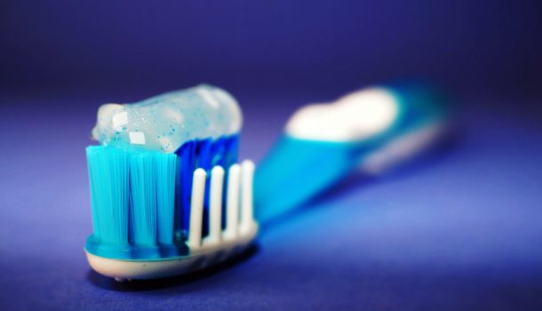 """DENTIST """"BRUSHES"""" UP ON HOLIDAY TRADITION"""
