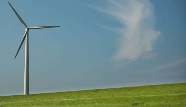 Wind Farm Hits Red Light in Green Co.